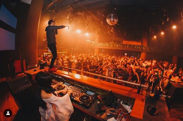 Ini Dia 10 DJ Indonesia yang Cantik dan Menawan