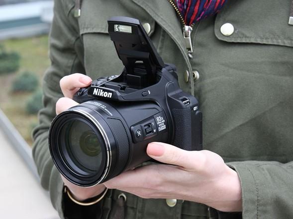 Nikon CoolPix P900, Kamera Digital dengan Zoom Super Jauh