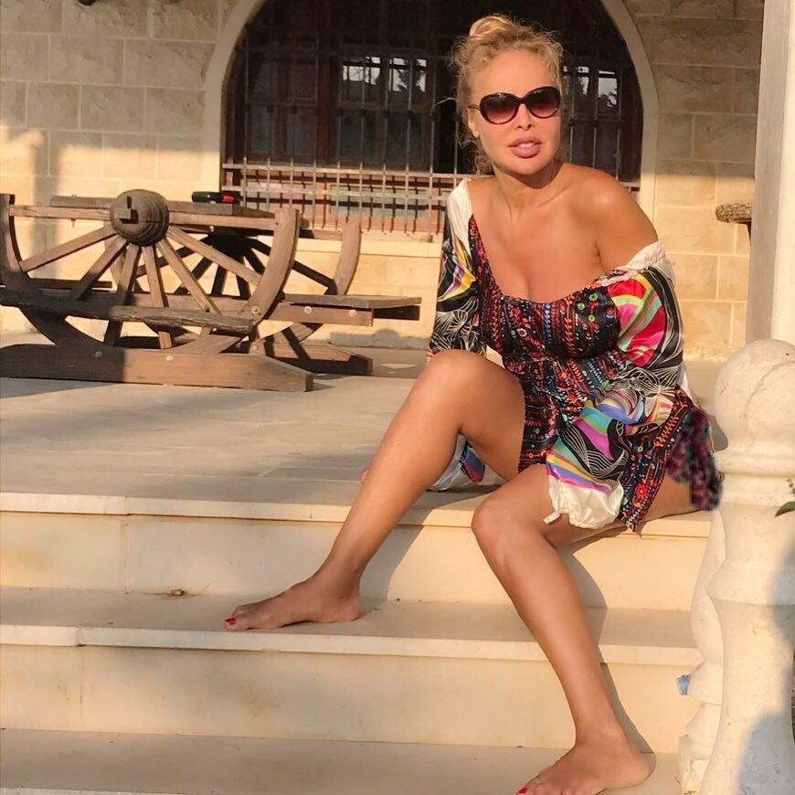 Profil dan gallery Foto Rola Saad, Model Cantik Asal Lebanon