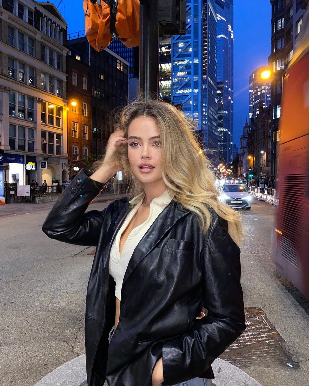 Soraya Naomi, Model Seksi dan Menawan dari Jerman