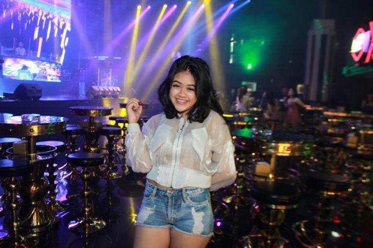 DJ Aya Thalia, Female DJ Indonesia Kelahiran Amsterdam