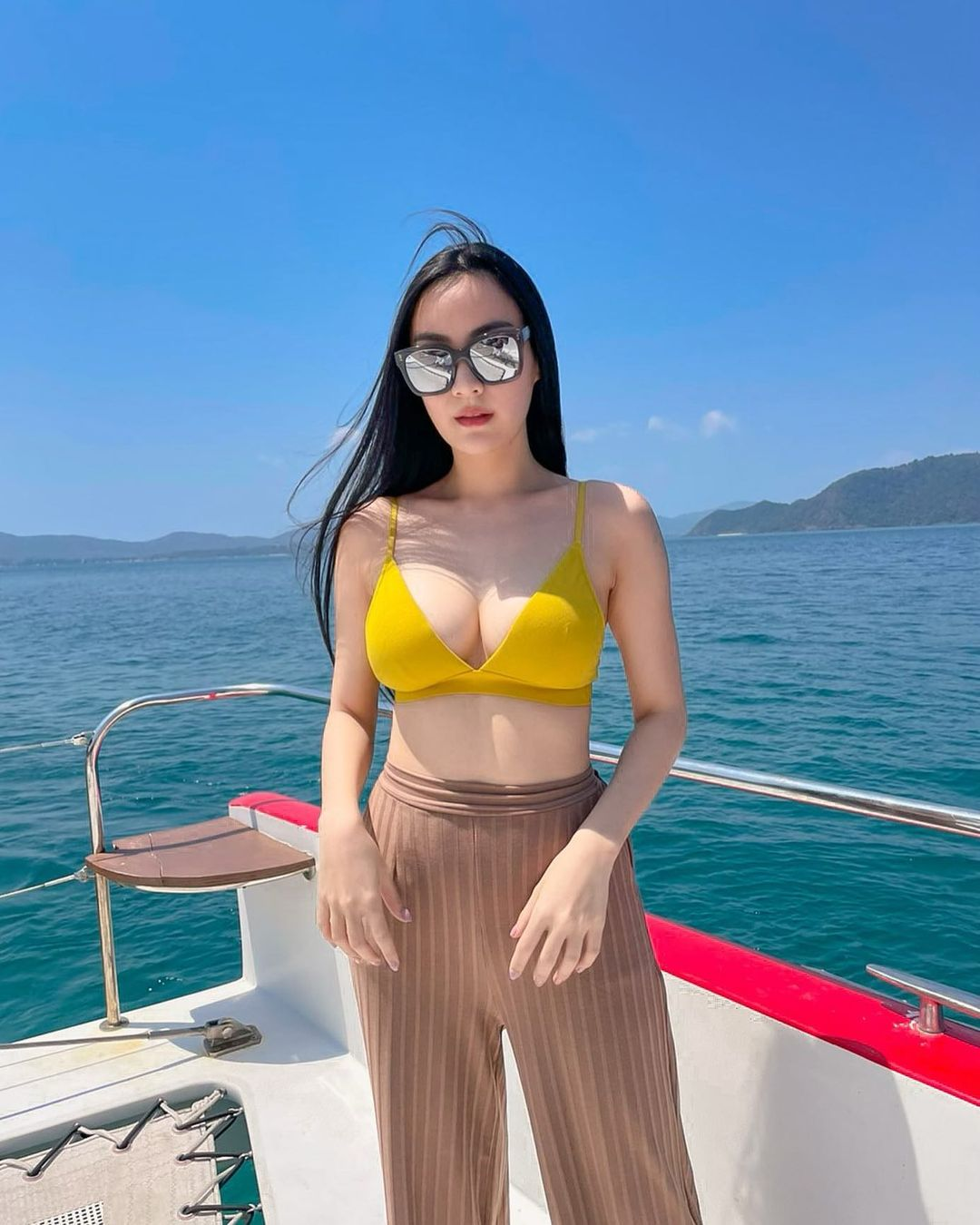 Pearl Foong, Model Dewasa Asal Thailand