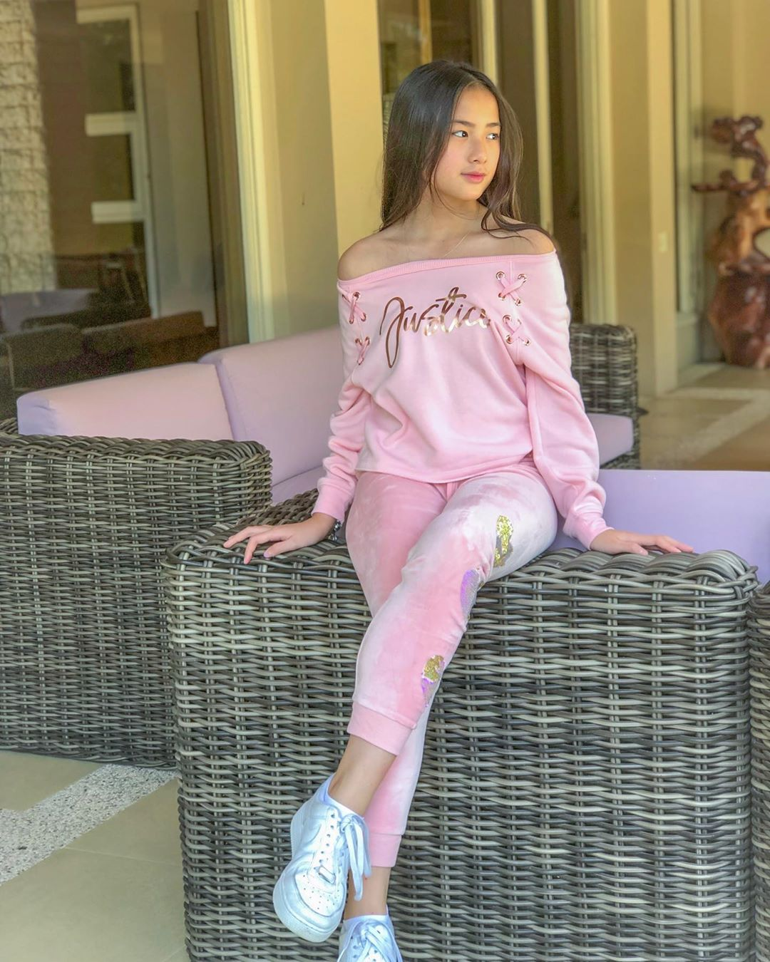 Marcha Sharapova Rusli, Gadis Cantik Bertalenta