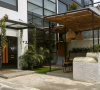 Nongkrong ala Nuansa Tropis di Wellness Studio and Kitchen