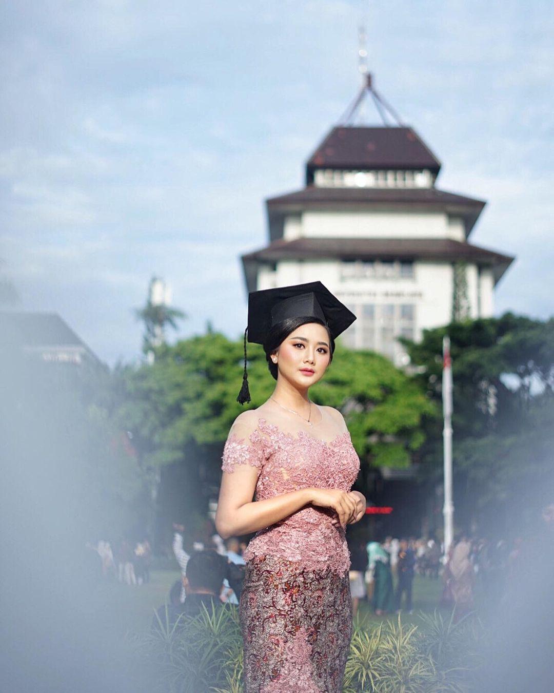 Yukiko Ayu, Selebragm Kece Asal Surabaya
