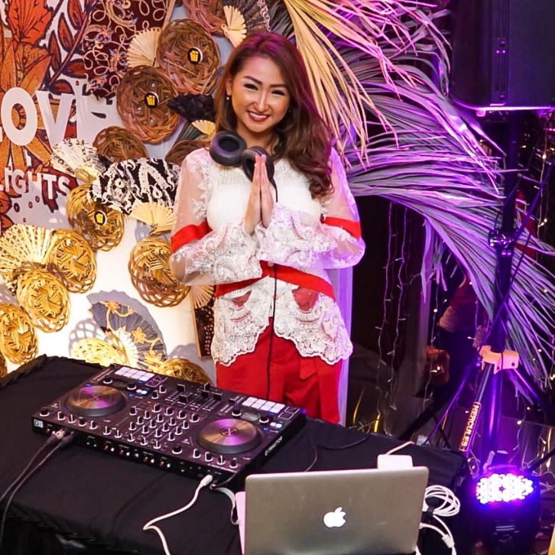 Kenalan dengan Female DJ Diony Cindyana