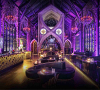 Mirror Lounge Club, Club dengan Suasana Gothic