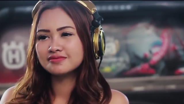 Perjalanan Karier DJ Cantik Emily Young, dari DJ Menjadi Youtuber