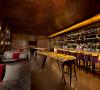 Menikmati Wine Berkelas di Churchill Wine and Cigar