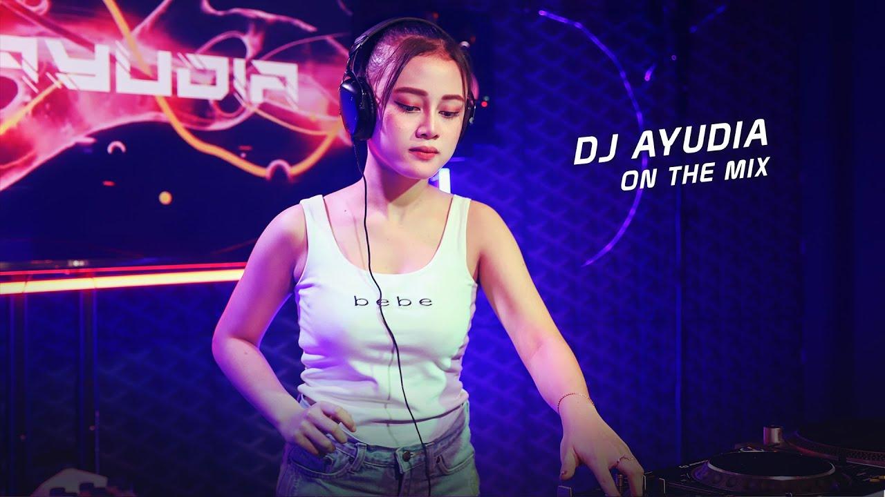 "DJ BREAKBEAT FULL BASS ""DJ AYUDIA PUTRI"""