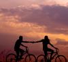 Waktu Terbaik Bagi Lelaki untuk Mulai Menjalin Hubungan Asmara