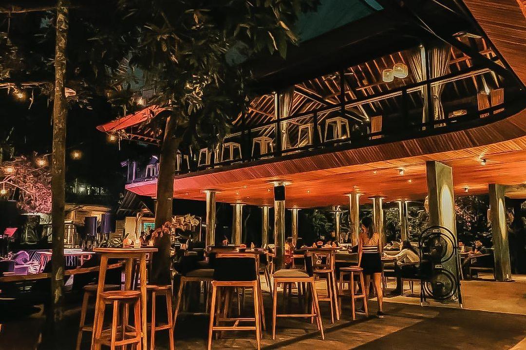 Biji World, Kafe dengan Konsep Hidden Garden di Ubud