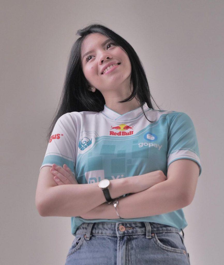 """Leony """"Nikki"""" Khoe, Mantan Belletron Elite yang Kini Menikmati Livestreaming"""