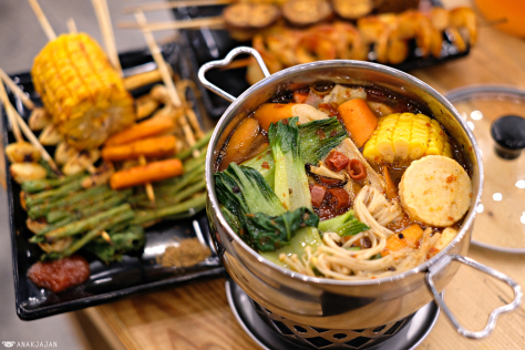 Kakakuku Pluit, Spot Hangout Dengan Berbagai Varian Makanan