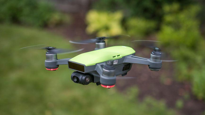 5 Kelebihan Dji Spark Ini, Bisa Menjadi Pertimbangan Untuk Membeli Drone Baru