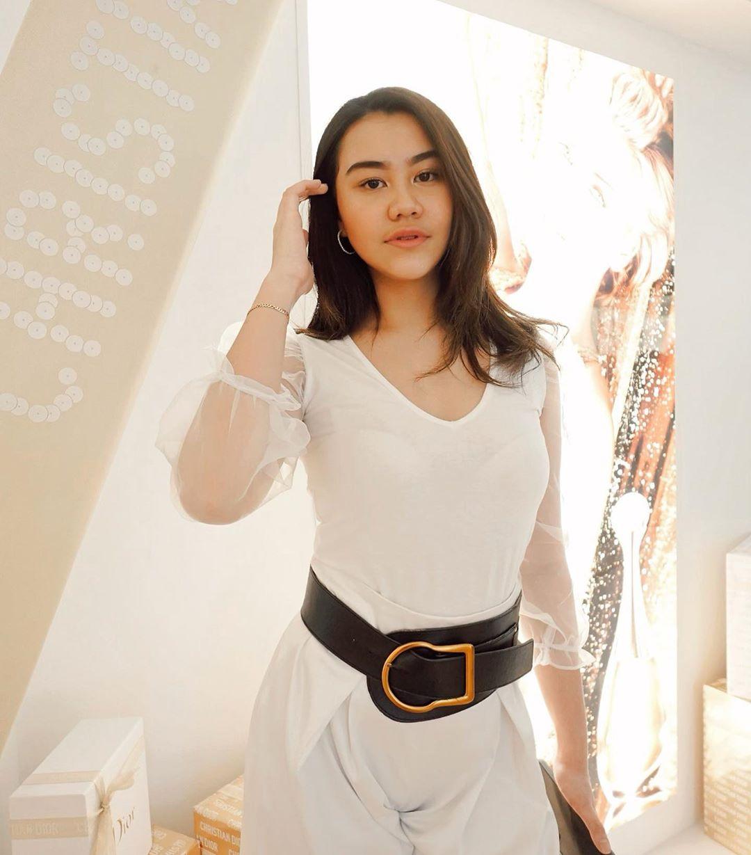 6 Anak Perempuan Artis Indonesia yang Tampil Fashionable