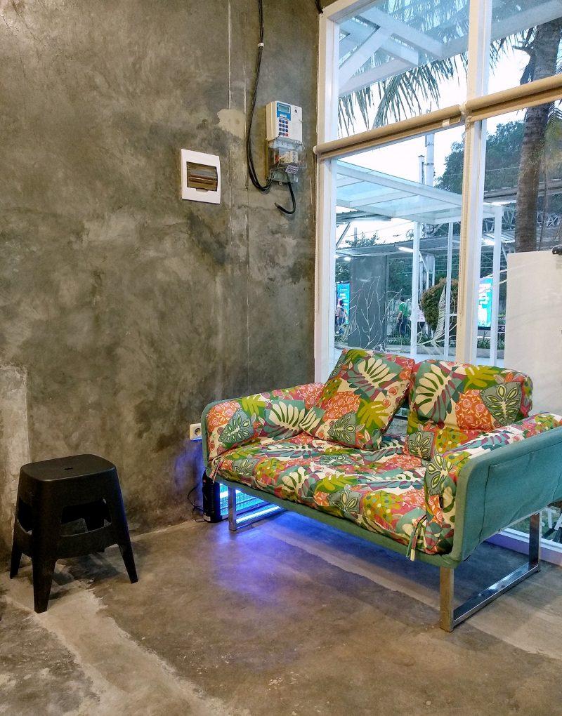 Daily Roast Coffee Stasiun Bogor, Tempat Ngopi Para Pekerja Harian KRL