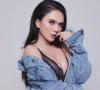 Anggita Sari, Model Sexy yang Kontroversial
