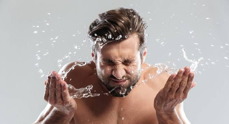 3 Tips Sederhana Merawat Wajah Pria