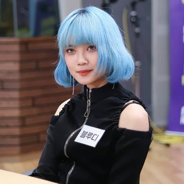 Manisnya Blue.D di Dunia Musik Korea Selatan
