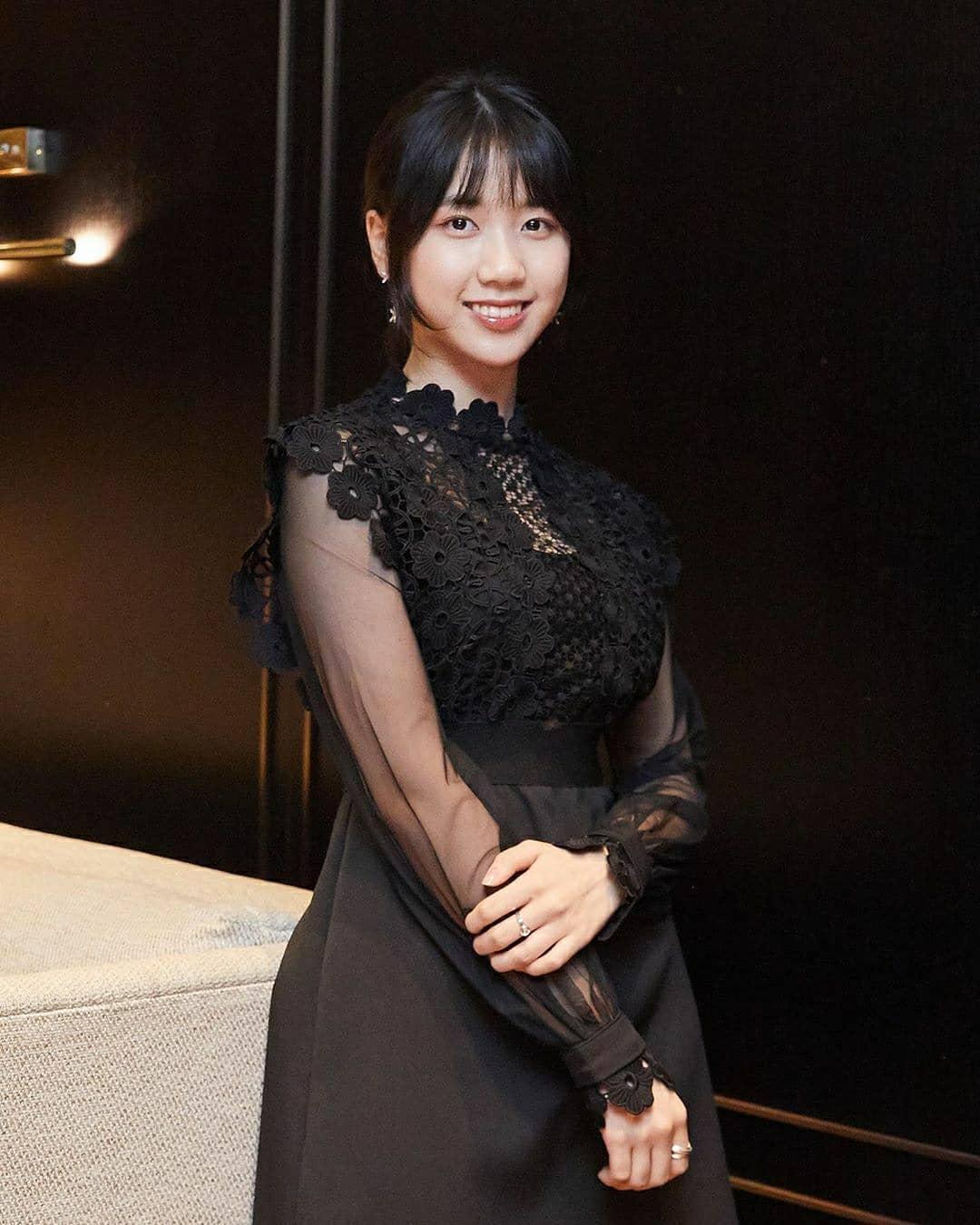 Mengintip Gaya Manis Lee Re, Pemain Muda di Film Peninsula