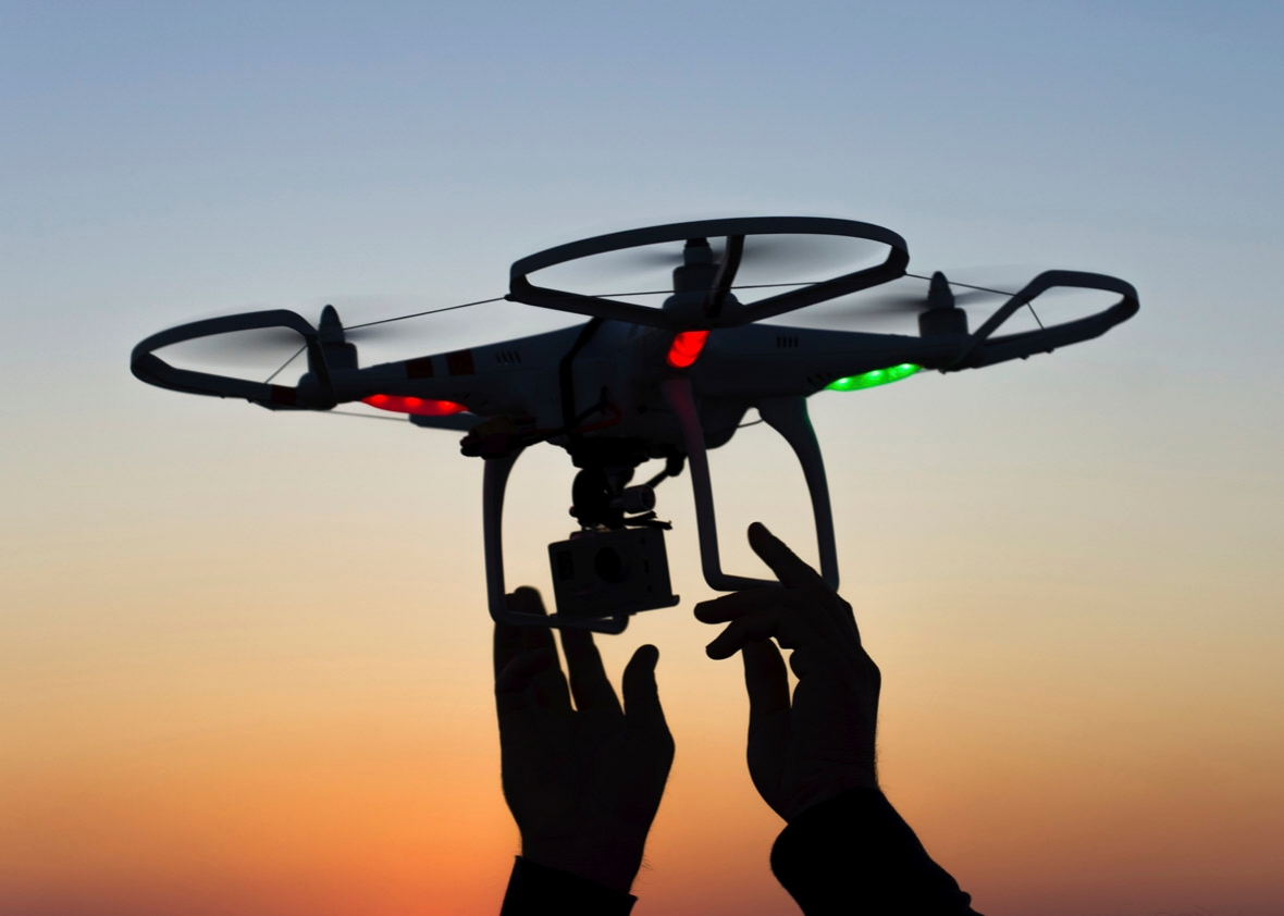 Drone, Man Toys Hobbies atau Equiment Wajib Profesional?