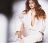 Profil Amalia Lee. Model Penyuka Pria Korea