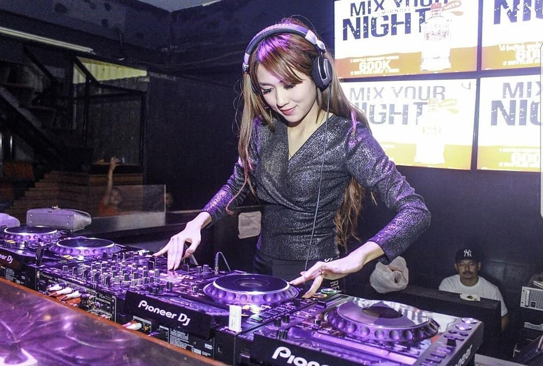 Lala Tila, Female DJ Sekaligus Ibu Rumah Tangga
