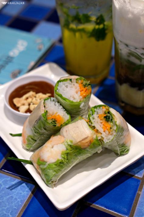 Mencoba Makanan Khas Vietnam Di Restoran Pho Street Taman Anggrek