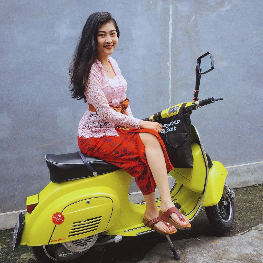 Candra Maharani, Seorang Model Busana dari Bali