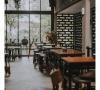 Bercengkrama Saat Malam Hari di Wodka Kitchen & Bar Bandung