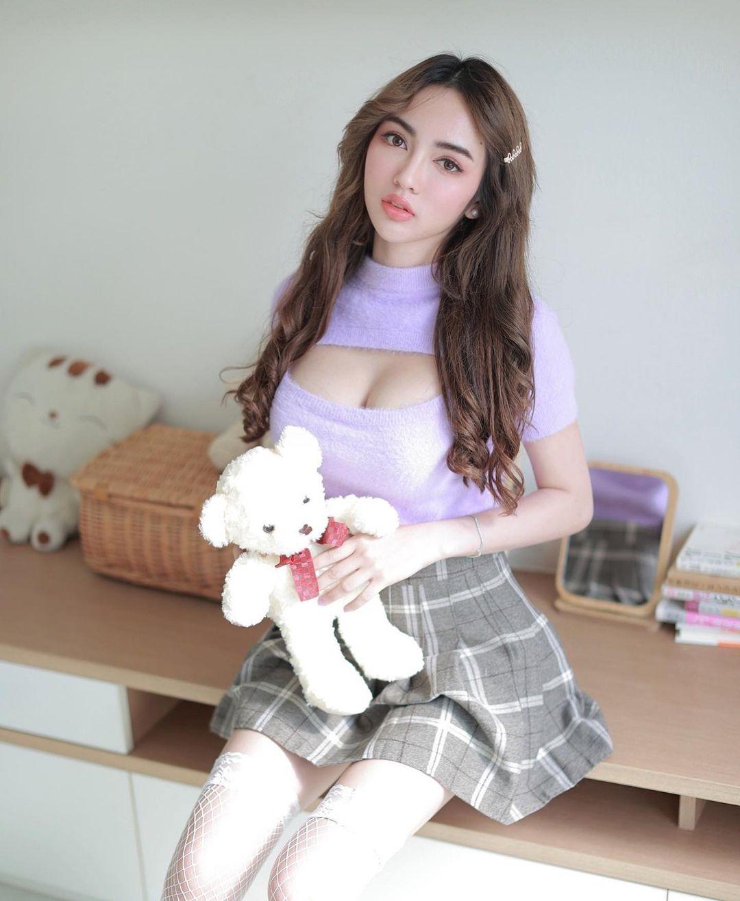 Noah Ciraphat, Model Seksi Asal Thailand