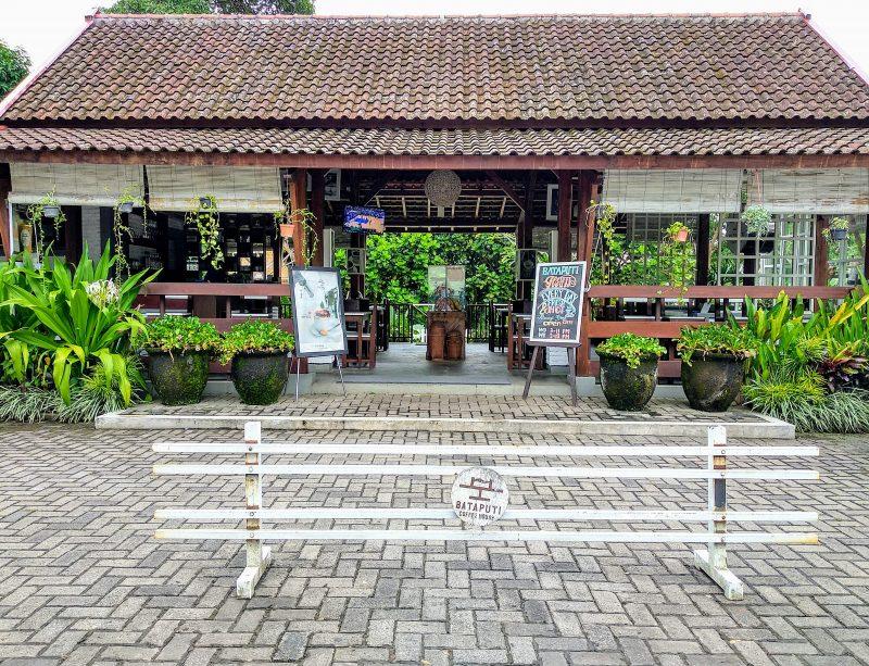 Bataputi Coffee House, Cafe Bergaya Modern Sekaligus Tradisional