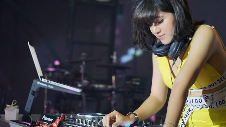 DJ Ameera Kichi, Female DJ Cantik yang Jago Berbisnis