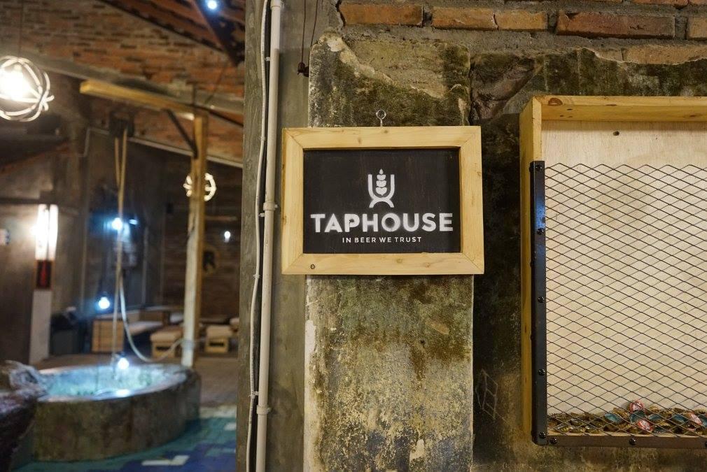 Tap House Beer Garden, Lokasi Minum Bir dengan Nuansa Klasik