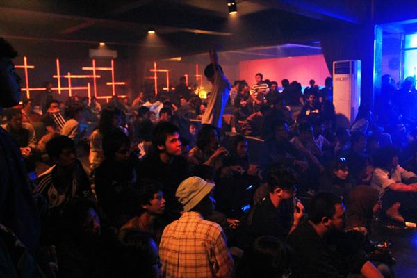 Sobbers Bandung Bar, Perpaduan Resto dan Klub Malam