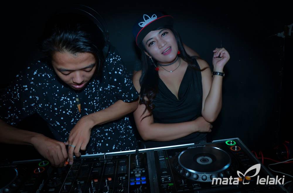 """""""New Face"""" DJ Mia at Shilon Kemang"""