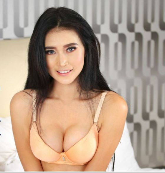Ires Ayumi, Sosok Wanita Cantik Penyuka Pria Gemuk