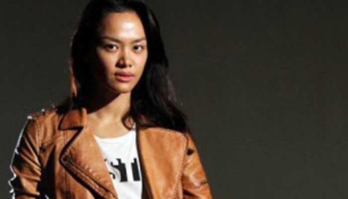 Profile Mode Kelly Tandiono, Model Cantik Yang Gila Olahraga