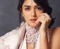 Mrunal Thakur, Bintang Baru Bollywood yang Cantik Mempesona