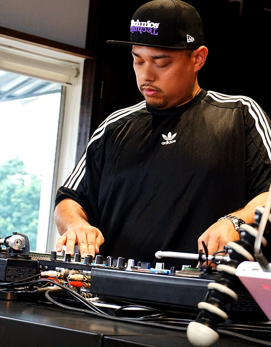 Profil Lengkap DJ Fuzz
