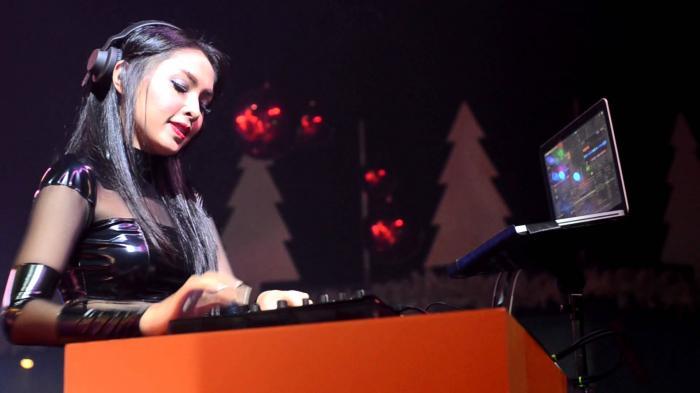 Profil DJ Kartika Ayu yang Berbakat dalam Musik