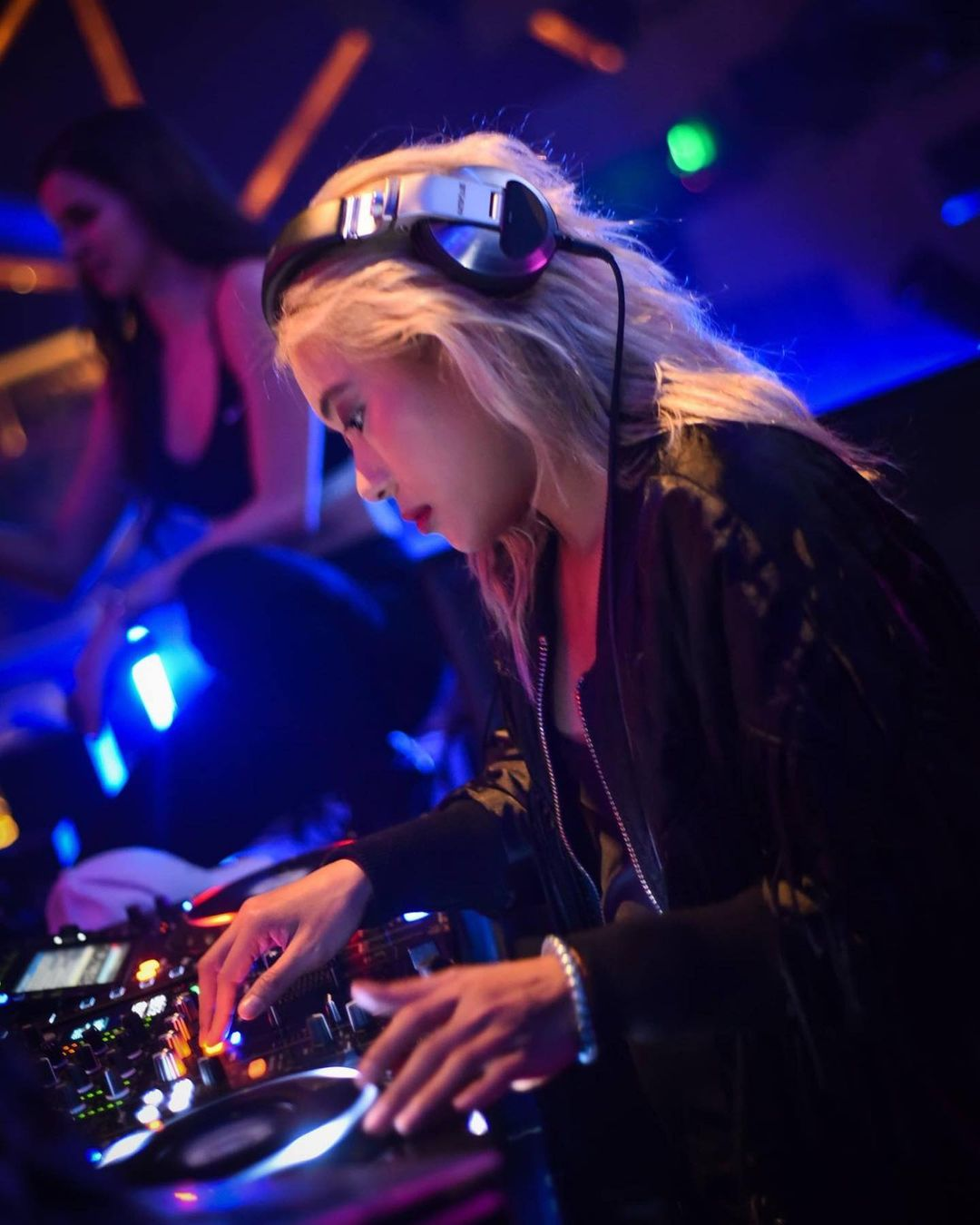 DJ Katsy Lee, Female DJ yang Mengenal Musik Sejak Usia 8 Tahun