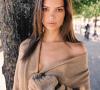 Emily Ratajkowski, Model Sensual yang Tampil Berani
