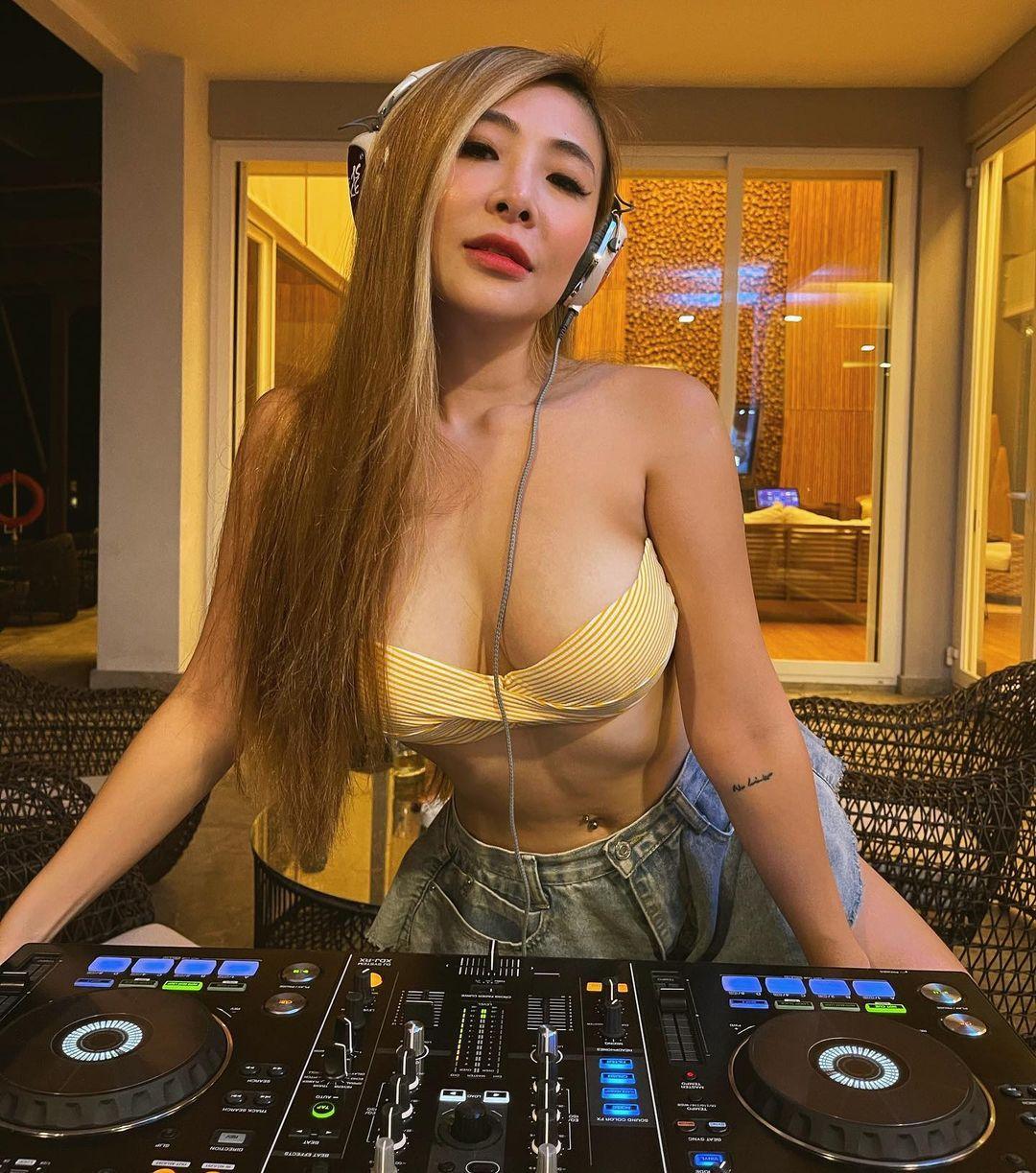 Alexis Grace, Female DJ dengan Sejuta Pengalaman