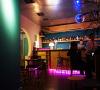 Menghabiskan Weekend di Slits Bar
