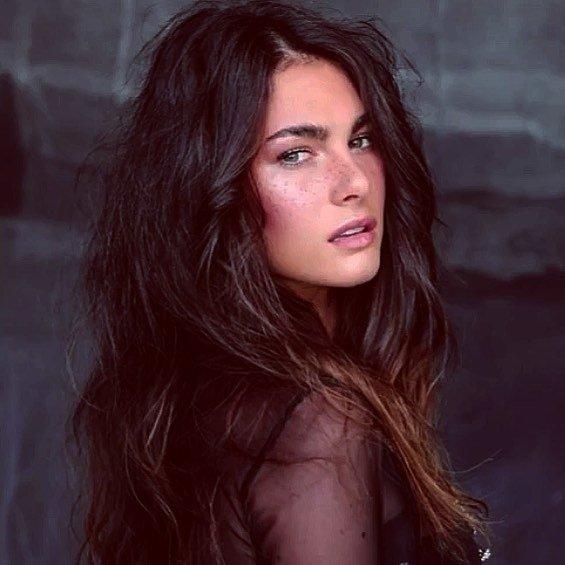 Fakta Menarik Sofia Novello, Model Italia Pacar Valentino Rossi