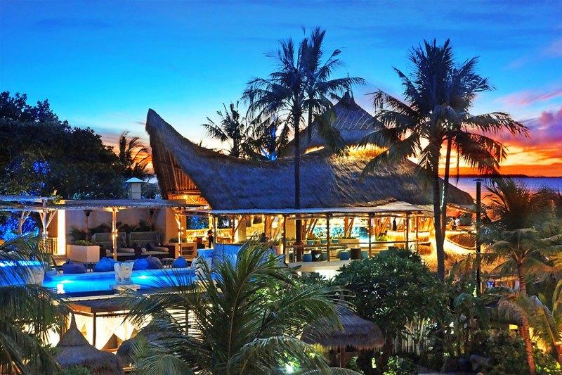 4 Beach Club di Bali dengan Fasilitas Kolam Renang dan Biaya Masuk Gratis
