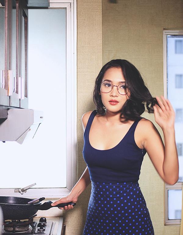 Fikri Fajrina Si Model Cantik yang Jago Memasak