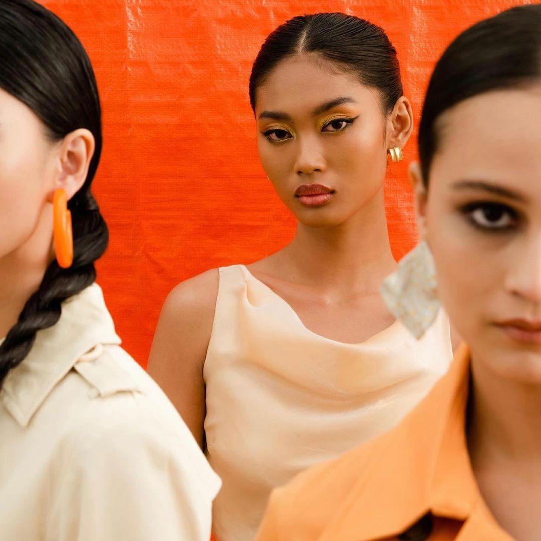 Devita Ravani, Model Cantik Asal Brebes yang Menaklukkan Milan
